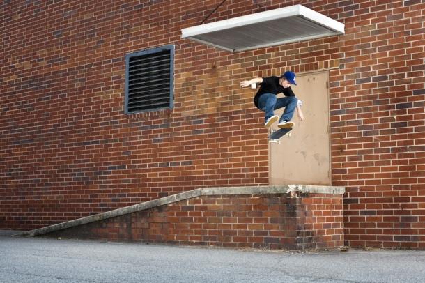 Shane-ONeill-frontside flip