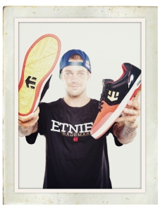 Ryan Sheckler Sidewalk Product Guide