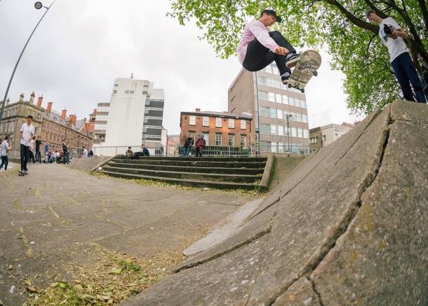 John-Dalton-Frontside-Ollie-Dale-street-Liverpool-D76V2570