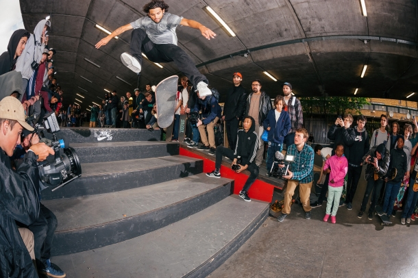 Paul-Rodriguez-Switch-360-Flip_21V9855