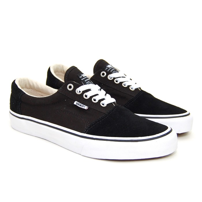 74ce10c8a22 The Welcome Footwear Guide – Vans Rowley  SOLOS