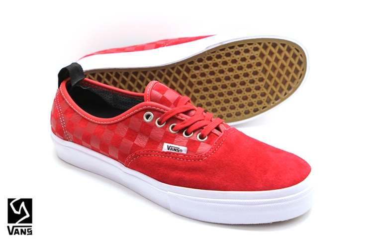 Syndicate Authentic