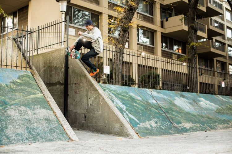 Aaron Herrington, Boneless.