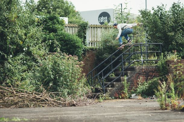 ryan-lay-backside-5050-bristol-photo-chris-johnson-sidewalk-magazine-tea-tapas-and-tres-tour-interview