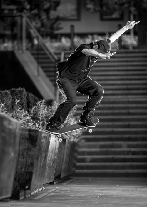 seb-batty-switch-crooked-grind-manchester-new-balance-numeric-barge-at-will-tour-sidwalk-magazine-issue-228-photo-chris-johnson